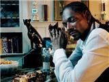 """Sao nhạc rap Snoop Dogg bị tạm giữ vì lén mang cả 'kho tiền"""" qua sân bay"""