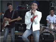 Thưởng thức live streaming 'Âm thầm bên em' của Sơn Tùng M-TP