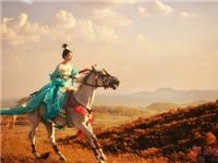 Scandal 'sex trên lưng ngựa' không cứu được 'Dương Quý Phi' Phạm Băng Băng