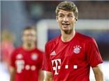 VIDEO: Thomas Mueller khiến hậu vệ Milan 'phát điên' khi theo kèm