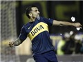 Carlos Tevez ghi bàn và kiến tạo cho Boca Juniors