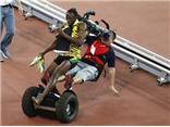 Usain Bolt tức tối vì bị cameraman đâm phải: 'Anh ta cố giết tôi'