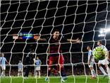 Barca 1-0 Malaga: Vermaelen ghi bàn ra mắt, Barca lại thắng tối thiểu