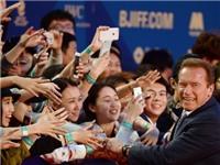 Hollywood vẫn hốt bạc, dù Trung Quốc gặp khó về kinh tế