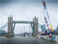 Thuyền Đà Nẵng – Việt Nam rời cầu tháp London vào cuộc đua hơn 40.000 hải lý