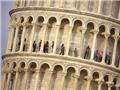 Italy siết chặt an ninh ở tháp nghiêng Pisa