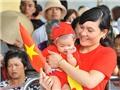 Hàng vạn người dân đổ về Quảng trường Ba Đình xem diễu binh, diễu hành