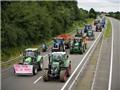 Nông dân Pháp lái 1.500 máy kéo 'tấn công' Paris; ôtô không dám ra đường