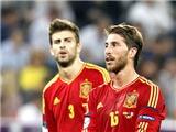 Hàng thủ Tây Ban Nha: Sau Ramos và Pique là tuyệt vọng