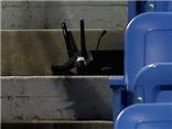 Thiết bị bay không người lái rơi xuống sân đấu ở US Open 2015