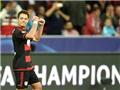 Chicharito và Leverkusen là lời giải của nhau