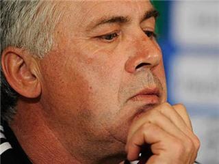 Được cam kêt tương lai, Jose Mourinho càng dễ... bị sa thải