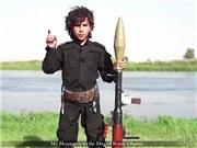 IS tung VIDEO chiến binh nhí doạ chặt đầu tổng thống Obama