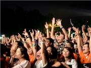 Giới trẻ 'cháy' hết mình ở Lễ hội âm nhạc quốc tế Gió Mùa
