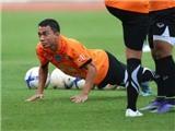 HLV Kiatisuk chốt danh sách tuyển Thái Lan: 'Messi Thái' kịp bình phục, hẹn gặp Công Vinh
