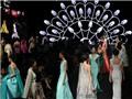 Show thời trang: Đầu tư tiền tỷ thu về gì?