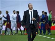 Ảnh chế Real Madrid 0-4 Barcelona: Benitez gọi điện cầu cứu... Ancelotti