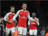 Trước lượt trận cuối bảng F: Để vượt qua vòng bảng, Arsenal phải làm gì?