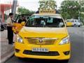 Vrada đang nạp tặng miễn phí điện thoại cho khách đi taxi
