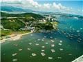 Những công trình 'vươn biển' đe dọa Di sản Vịnh Hạ Long