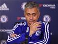 Mourinho chỉ trích đích danh Drogba: 'Cậu ta chỉ giỏi bán sách'