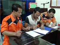 Cứu nạn tàu cá cùng 14 ngư dân Quảng Ngãi trôi dạt trên biển