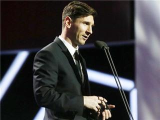 CHÙM ẢNH: Messi rạng ngời nhận cú đúp danh hiệu ở Liga