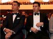 Báo chí Tây Ban Nha 'việt vị' vì trang phục của Messi ở gala Quả bóng vàng