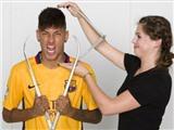 Mừng sinh nhật 24, Neymar được dựng tượng sáp