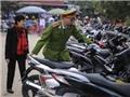 Lần đầu tổ chức mô hình trông xe miễn phí cho người dân đi lễ chùa đầu năm