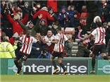 "Sunderland 2-1 Man United: M.U lại thua, Van Gaal sắp ""ra đường"""