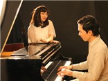 Valentine của 'họa mi' Khánh Linh và nhạc sĩ Đỗ Bảo