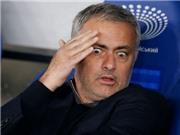Valencia dùng lương khủng mời gọi Mourinho