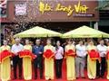 Satra khai trương Nhà Hàng Việt
