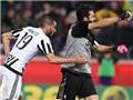 Fiorentina 1-2 Juventus: 'Bà đầm già' cách Scudetto có 1 điểm