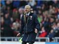 Jamie Redknapp: Arsene Wenger đã 'tẩy não' CĐV Arsenal