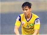 Ngọc Hải hối hận vì thẻ đỏ, trọng tài V-League lại bị chỉ trích