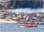 Trực thăng chở 13 người nổ tung trên biển, tìm thấy 11 thi thể