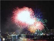 Chùm ảnh: 'Bài ca Chiến thắng' mừng 30/4 bằng pháo hoa