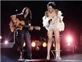Remix Giải trí: 'Không trang phục vẫn có quyền hát nhạc Trịnh', nhưng không có quyền… lên sân khấu!