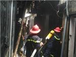 Kịp thời dập tắt đám cháy tại phố Thái Hà, Hà Nội