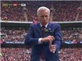 HLV Crystal Palace gây sốt với điệu nhảy ăn mừng bàn thắng vào lưới Man United