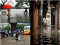 Ảnh độc: So sánh trận mưa lớn ở Hà Nội với trận lụt lịch sử năm 2008