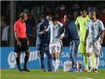 Argentina lo sốt vó vì chấn thương của Messi