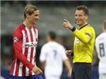 Trọng tài hết gây TRANH CÃI đến gây SỐC ở Chung kết Champions League