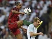 Những pha phạm lỗi ĐIÊN RỒ của cặp trung vệ tuyển Bồ Pepe - Bruno Alves