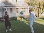 VIDEO: Justin Bieber trổ tài chơi bóng cùng Neymar