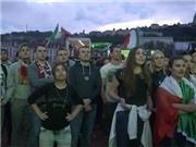 Cổ động viên Ý ăn mừng chiến thắng