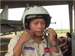 VIDEO: Thi thể phi công Su-30MK2 Trần Quang Khải đã về đến đất liền
