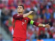 Ronaldo nên tiếp tục hay dừng đá penalty?
